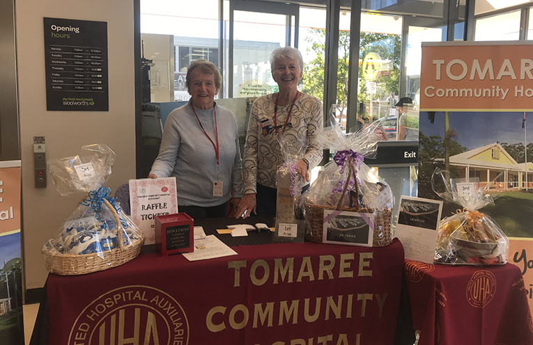 Mavis Richardson and Norma Thurle selling raffle tickets at Woolworths Nelson Bay. Photo by Marian Sampson.