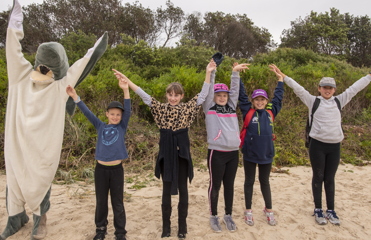 Port Stephens Community out in force putting their hands up to say #togetherwecan for World Oceans Day