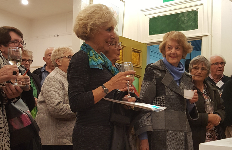 Winner of the Painting category, Eva Nauckhoff de Richebourg (in the turquoise scarf).