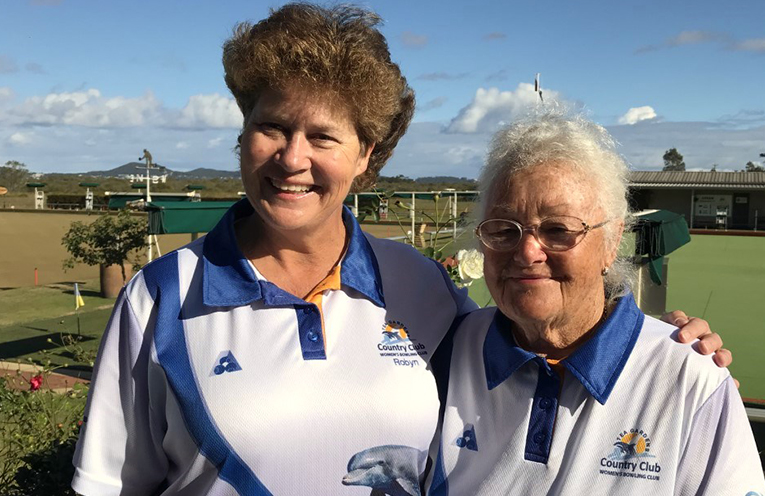 Winners of the Annis Young Consistency Competition Robyn Beaumont and Maynie Roberts.